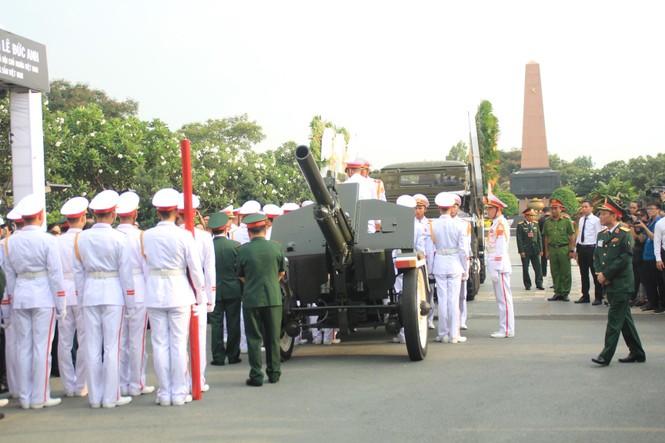 Đại tướng Lê Đức Anh an nghỉ cùng đồng đội tại Nghĩa trang Thành phố Hồ Chí Minh - ảnh 1