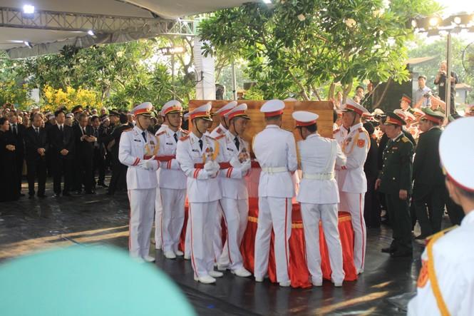 Đại tướng Lê Đức Anh an nghỉ cùng đồng đội tại Nghĩa trang Thành phố Hồ Chí Minh - ảnh 2