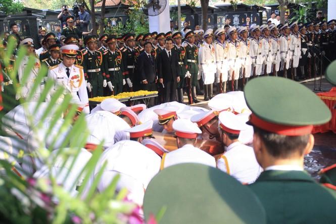 Đại tướng Lê Đức Anh an nghỉ cùng đồng đội tại Nghĩa trang Thành phố Hồ Chí Minh - ảnh 5