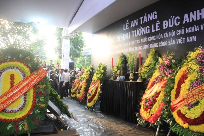 Đại tướng Lê Đức Anh an nghỉ cùng đồng đội tại Nghĩa trang Thành phố Hồ Chí Minh - ảnh 15