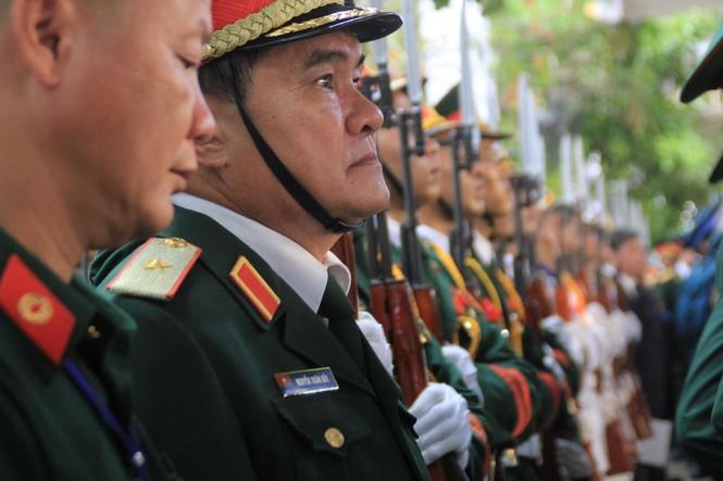 Đại tướng Lê Đức Anh an nghỉ cùng đồng đội tại Nghĩa trang Thành phố Hồ Chí Minh - ảnh 13