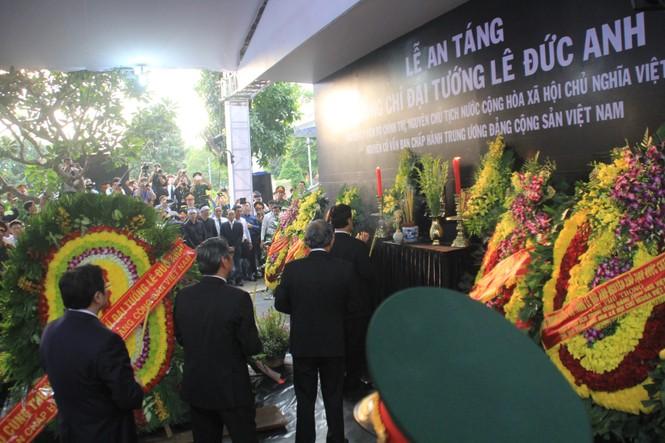 Đại tướng Lê Đức Anh an nghỉ cùng đồng đội tại Nghĩa trang Thành phố Hồ Chí Minh - ảnh 18