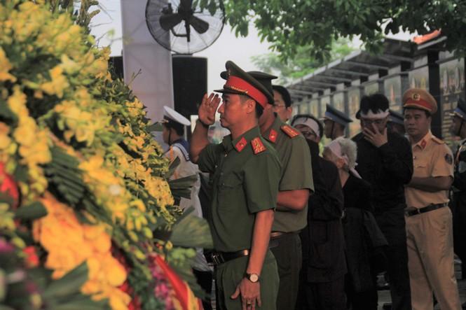 Đại tướng Lê Đức Anh an nghỉ cùng đồng đội tại Nghĩa trang Thành phố Hồ Chí Minh - ảnh 28