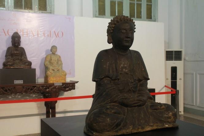 Cận cảnh hơn 100 pho tượng Phật cổ cực quý hiếm đang trưng bày tại TPHCM - ảnh 8