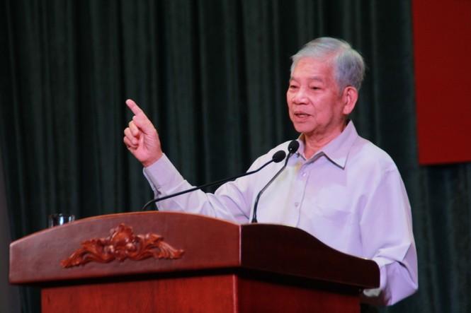 Nguyên Chủ tịch nước Nguyễn Minh Triết tiếp lửa bản lĩnh, phấn đấu cho bạn trẻ - ảnh 1