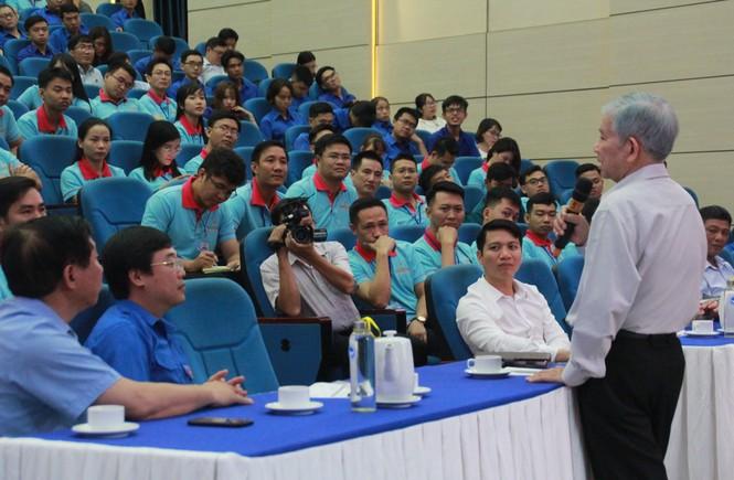 Nguyên Chủ tịch nước Nguyễn Minh Triết tiếp lửa bản lĩnh, phấn đấu cho bạn trẻ - ảnh 2