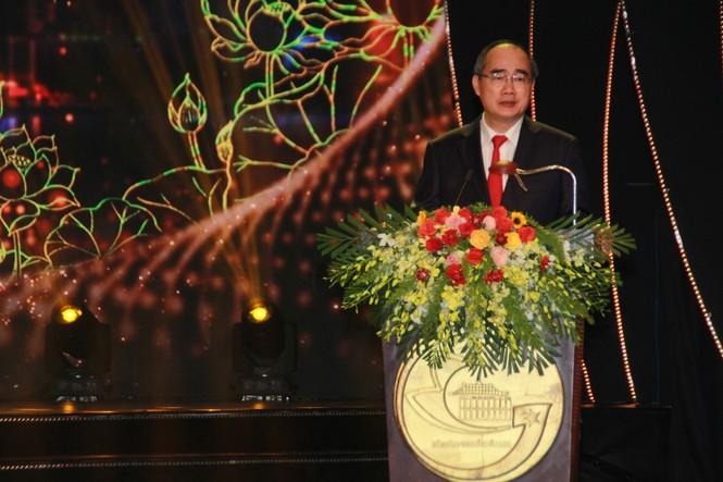 Minh Vương, Thanh Tuấn cùng dàn nghệ sĩ tề tựu ở lễ vinh danh - ảnh 1