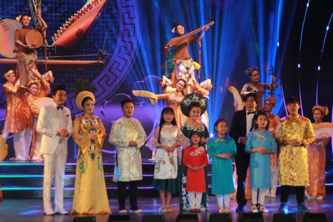 Minh Vương, Thanh Tuấn cùng dàn nghệ sĩ tề tựu ở lễ vinh danh - ảnh 2