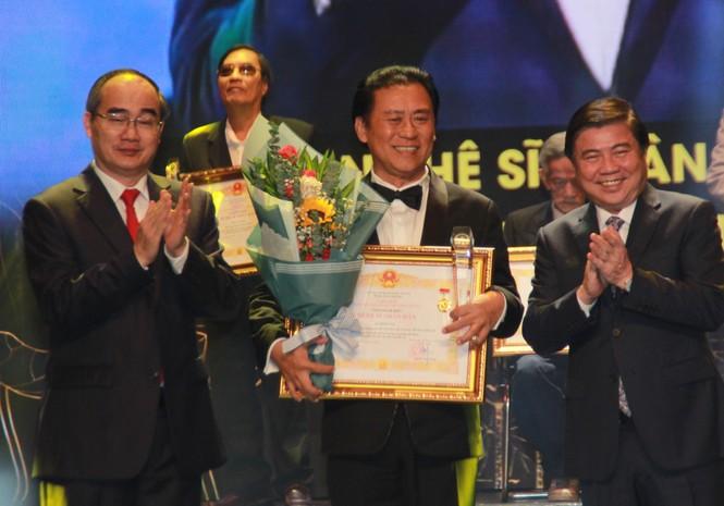 Minh Vương, Thanh Tuấn cùng dàn nghệ sĩ tề tựu ở lễ vinh danh - ảnh 5