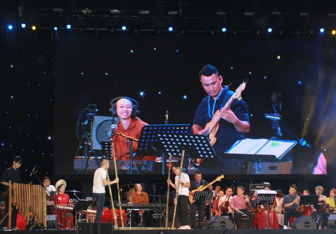 Sôi động lễ hội âm nhạc 'Hò dô' lần đầu ở TP.HCM - ảnh 1