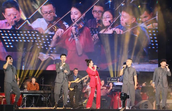Sôi động lễ hội âm nhạc 'Hò dô' lần đầu ở TP.HCM - ảnh 3
