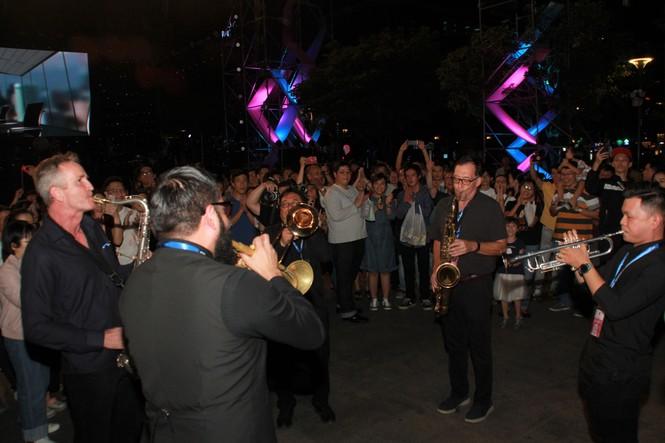 Sôi động lễ hội âm nhạc 'Hò dô' lần đầu ở TP.HCM - ảnh 11