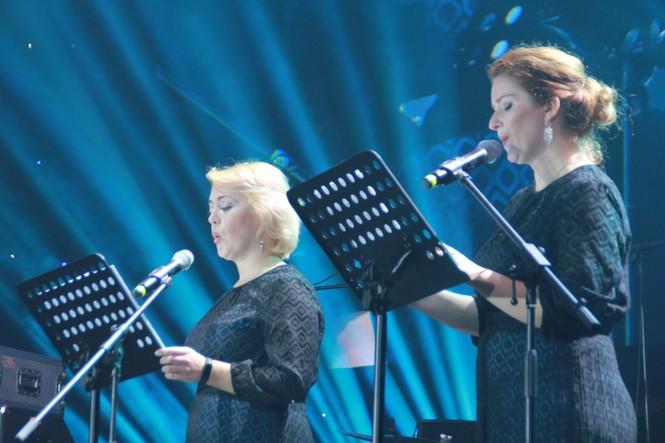 Hà Hồ, Thu Minh và các ban nhạc quốc tế hút nghìn khán giả 'cháy' đến 12 giờ đêm - ảnh 5