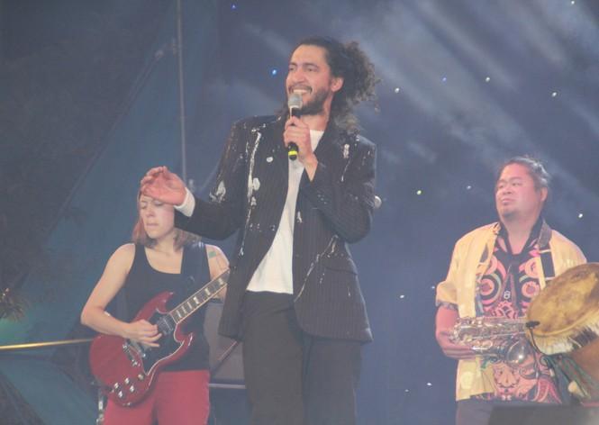 Hà Hồ, Thu Minh và các ban nhạc quốc tế hút nghìn khán giả 'cháy' đến 12 giờ đêm - ảnh 11
