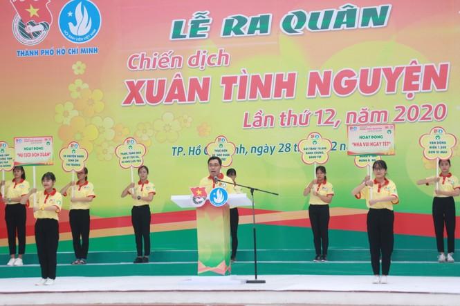 Nghìn bạn trẻ TPHCM hào hứng ra quân chiến dịch Xuân tình nguyện 2020 - ảnh 3