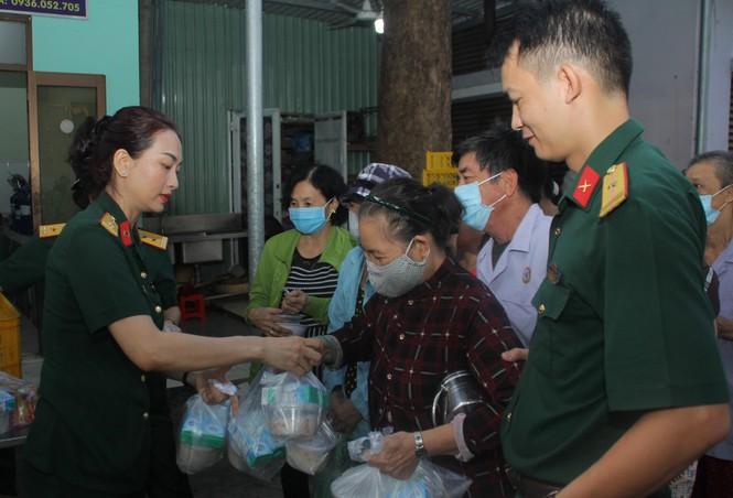 Tuổi trẻ Bệnh viện Quân y 175 tri ân thương bệnh binh - ảnh 5