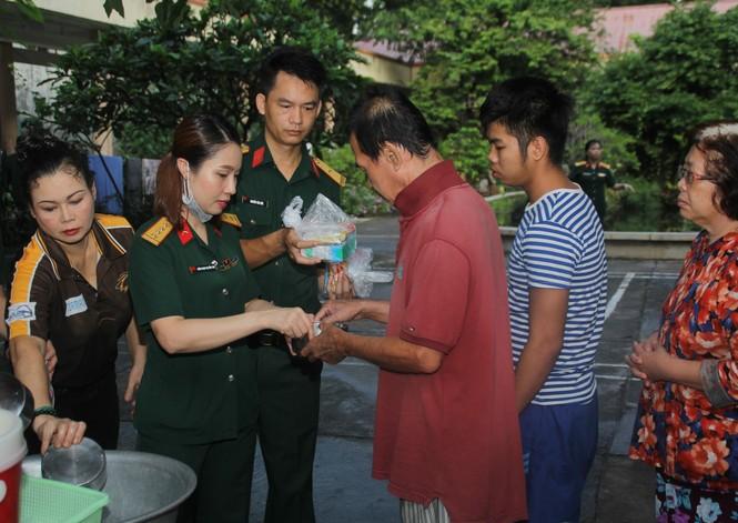 Tuổi trẻ Bệnh viện Quân y 175 tri ân thương bệnh binh - ảnh 8