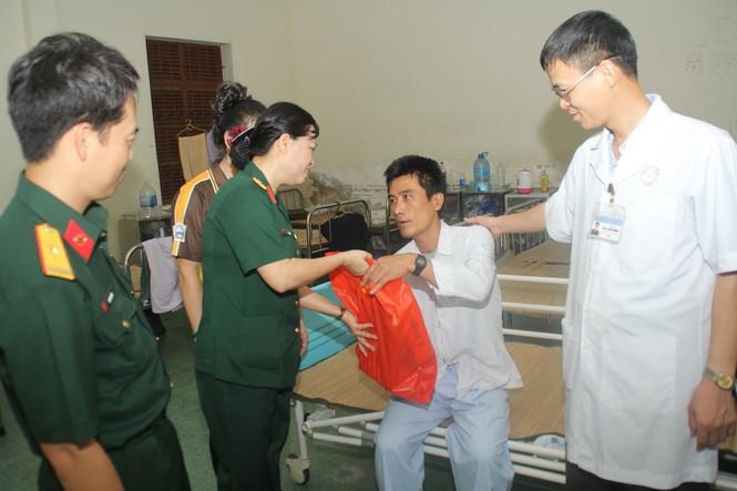 Tuổi trẻ Bệnh viện Quân y 175 tri ân thương bệnh binh - ảnh 3
