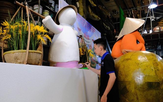 Tận thấy công đoạn chế tác linh vật phục vụ đường hoa Nguyễn Huệ Tết Tân Sửu 2021 - ảnh 15
