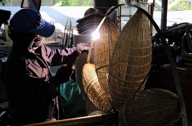 Tận thấy công đoạn chế tác linh vật phục vụ đường hoa Nguyễn Huệ Tết Tân Sửu 2021 - ảnh 21