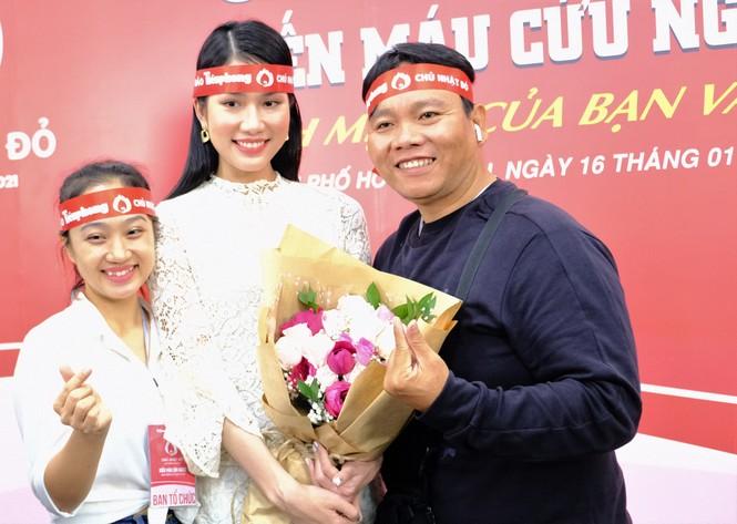 Dàn Á hậu, người đẹp HHVN khuấy động Chủ nhật Đỏ tại TPHCM - ảnh 5