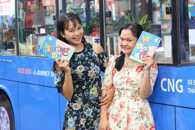 Hai nhà báo nữ trẻ ra mắt sách gia đình nhân dịp 21/6 - ảnh 1