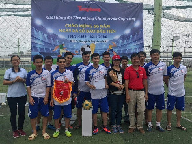 Đội bóng Đoàn Thanh niên EVNHCM vô địch Giải bóng đá Tienphong Champions Cup 2019 - ảnh 4