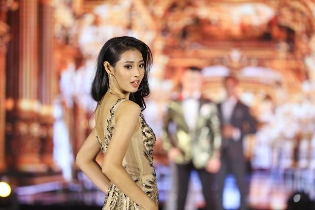 Mai Hiếu Ngân đăng quang Hoa khôi Miss HUTECH 2021 - ảnh 4