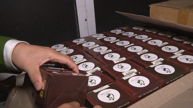 Thu giữ gần 10.000 sản phẩm thuốc đông y không đảm bảo - ảnh 3