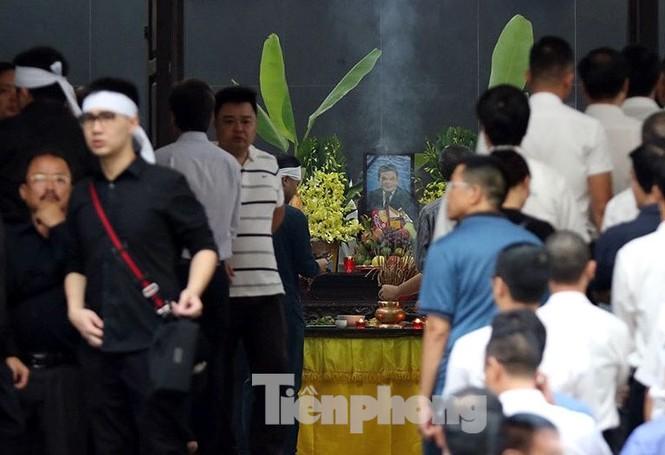 Di quan ông Trần Bắc Hà vào Sài Gòn làm tang lễ theo nguyện vọng gia đình - ảnh 1
