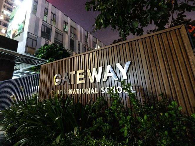 Nam sinh lớp 1 trường GateWay đã bị bỏ quên trên ô tô như thế nào? - ảnh 2