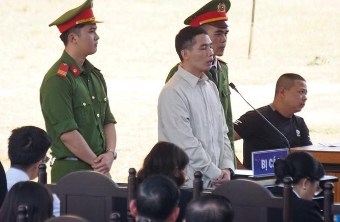 Kẻ bắt giữ, hiếp giết nữ sinh Điện Biên bật khóc khi đối diện án tử - ảnh 2