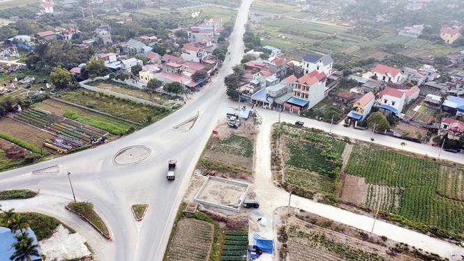 Đình chỉ công trình vi phạm hành lang an toàn giao thông ở Hưng Yên - ảnh 1