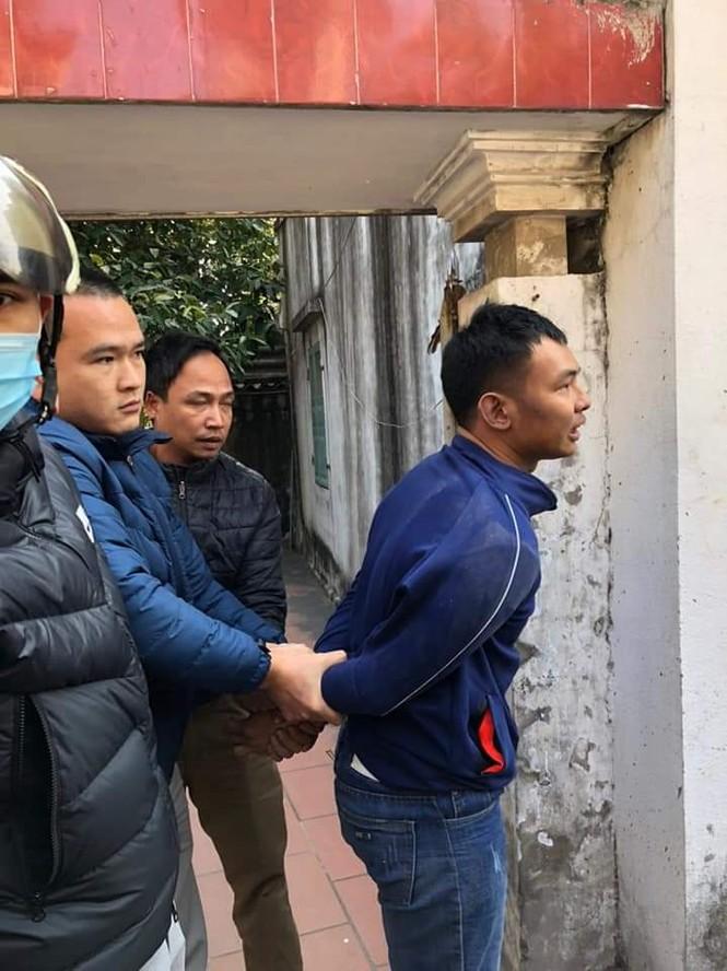 Thanh niên táo tợn mang dao đi cướp tiệm vàng giữa ban ngày ở Hải Phòng - ảnh 1