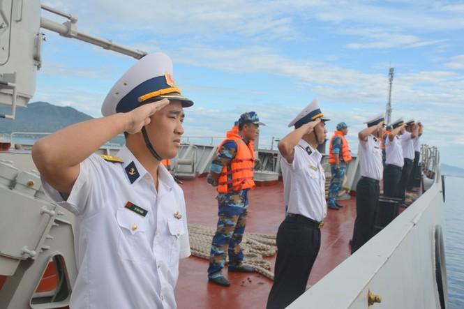Tàu hộ vệ tên lửa Quang Trung về quân cảng sau hải trình 4.600 hải lý - ảnh 1