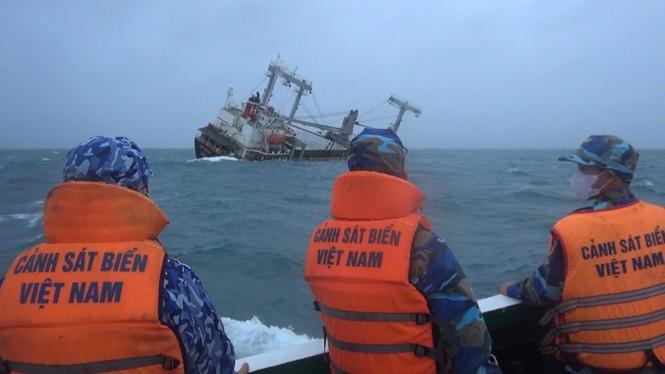 Cảnh sát biển Việt Nam phải đủ khả năng xử lý tình huống phức tạp nhất  - ảnh 2