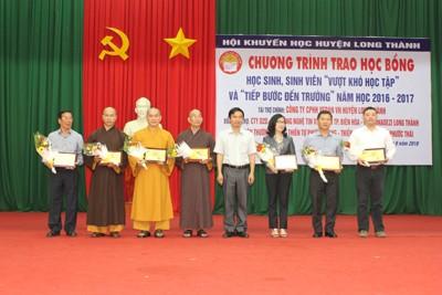Vedan Việt Nam trao học bổng cho học sinh, sinh viên nghèo Đồng Nai - ảnh 1