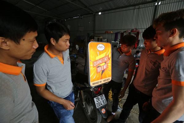 Startup Việt giúp người đi xe máy 'sinh lời' trên phố - ảnh 2