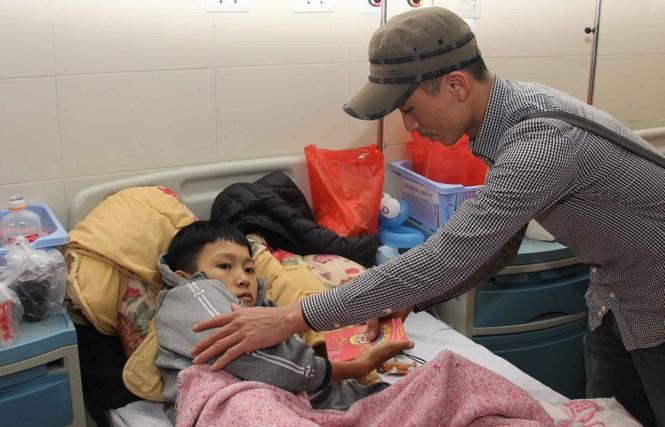 Mang Xuân yêu thương đến với bệnh nhân nhi ung thư - ảnh 10