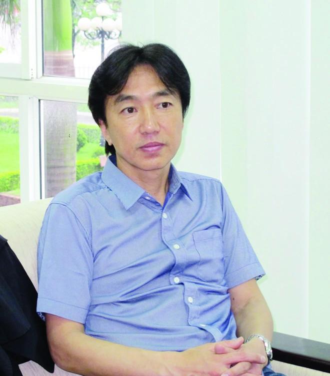 Công Vinh nói gì về thầy Nhật ở tuyển Việt Nam? - ảnh 1