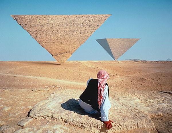 Các giả thuyết về cách xây dựng kim tự tháp thời Ai Cập cổ đại - ảnh 3