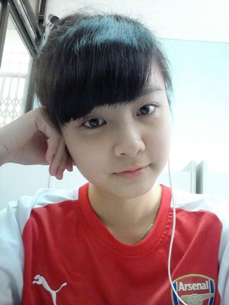 Nữ CĐV đáng yêu bật khóc vì U19 Việt Nam gây sốt mạng - ảnh 10