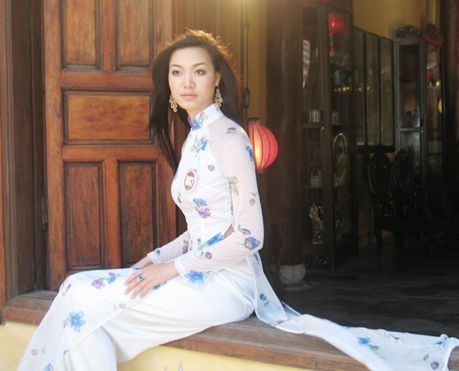 Hoa hậu Việt Nam - Đêm chong đèn ngồi nhớ lại: Những sự cố nho nhỏ - ảnh 1