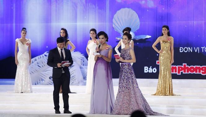 Phần thi ứng xử của 5 thí sinh Hoa hậu Việt Nam - ảnh 1