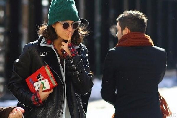 """Những phong cách kết hợp """"cực ăn ý"""" giữa mũ len và kiểu tóc - ảnh 11"""