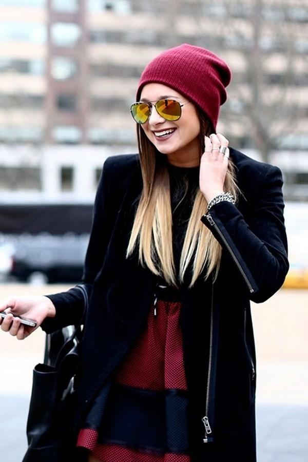 """Những phong cách kết hợp """"cực ăn ý"""" giữa mũ len và kiểu tóc - ảnh 12"""