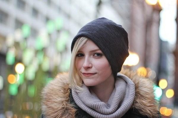 """Những phong cách kết hợp """"cực ăn ý"""" giữa mũ len và kiểu tóc - ảnh 7"""