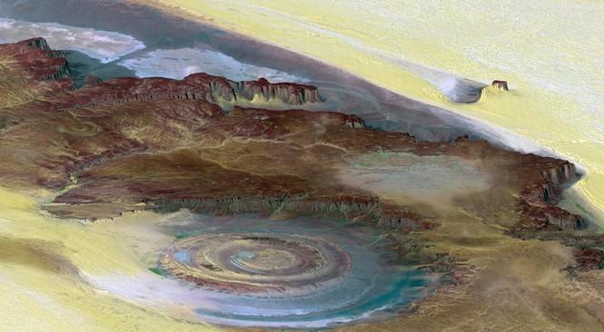 Kỳ lạ 'con mắt thần linh' giữa sa mạc Sahara - ảnh 3