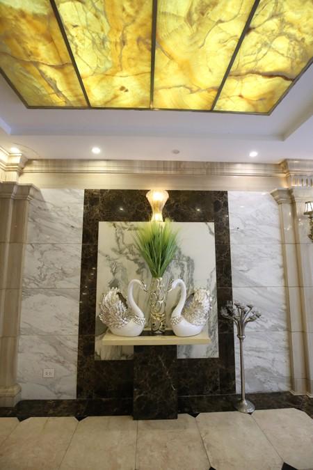Ngôi nhà 'triệu đô' với đá hoa cương của đại gia Quảng Ninh - ảnh 4