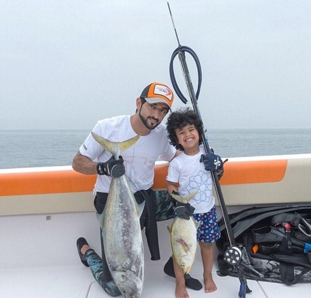 Cuộc sống giàu sang của 'dân chơi nhí' Dubai - ảnh 10